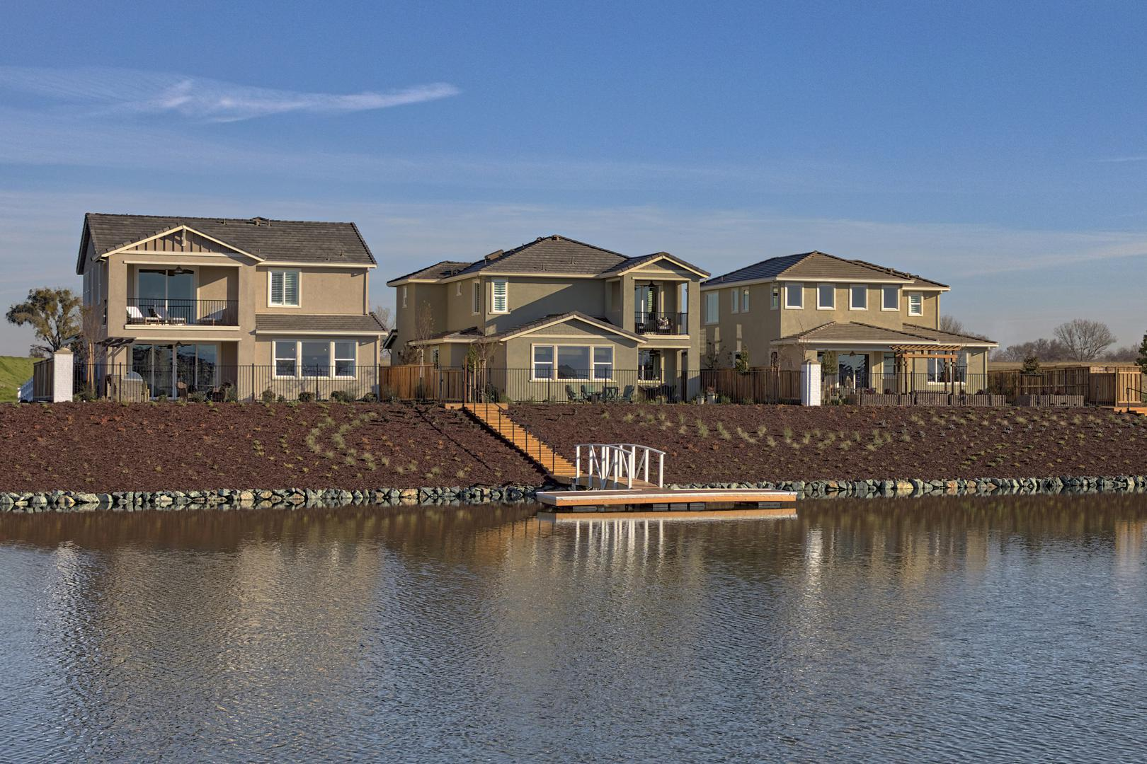 Homes on the Lakefront at River Islands